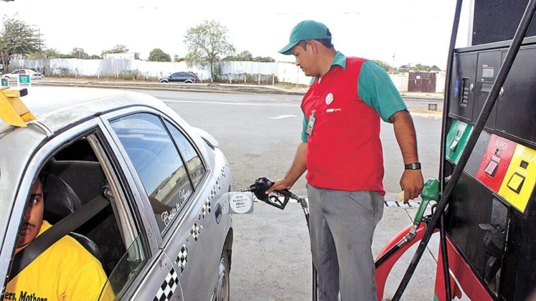 Taxistas sin ganancias ante las constantes alzas en el precio de los combustibles
